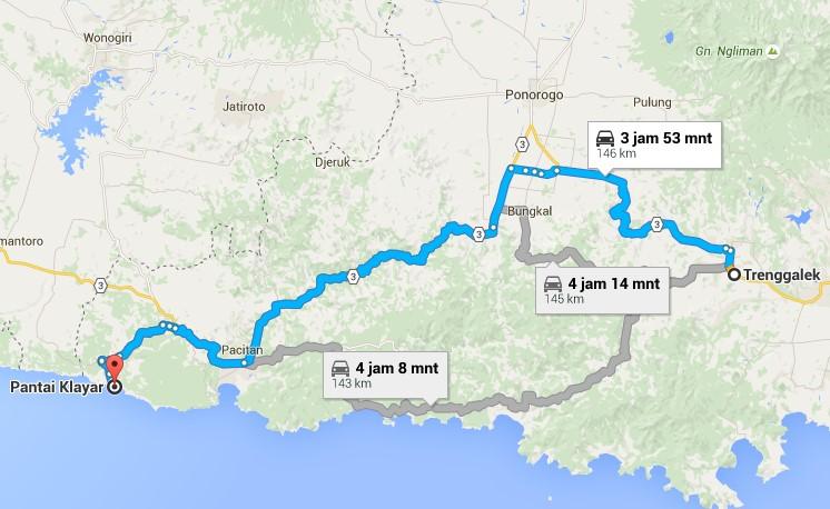 Jalan dari Trenggalek menuju Pantai Klayar Pacitan Jawa Timur